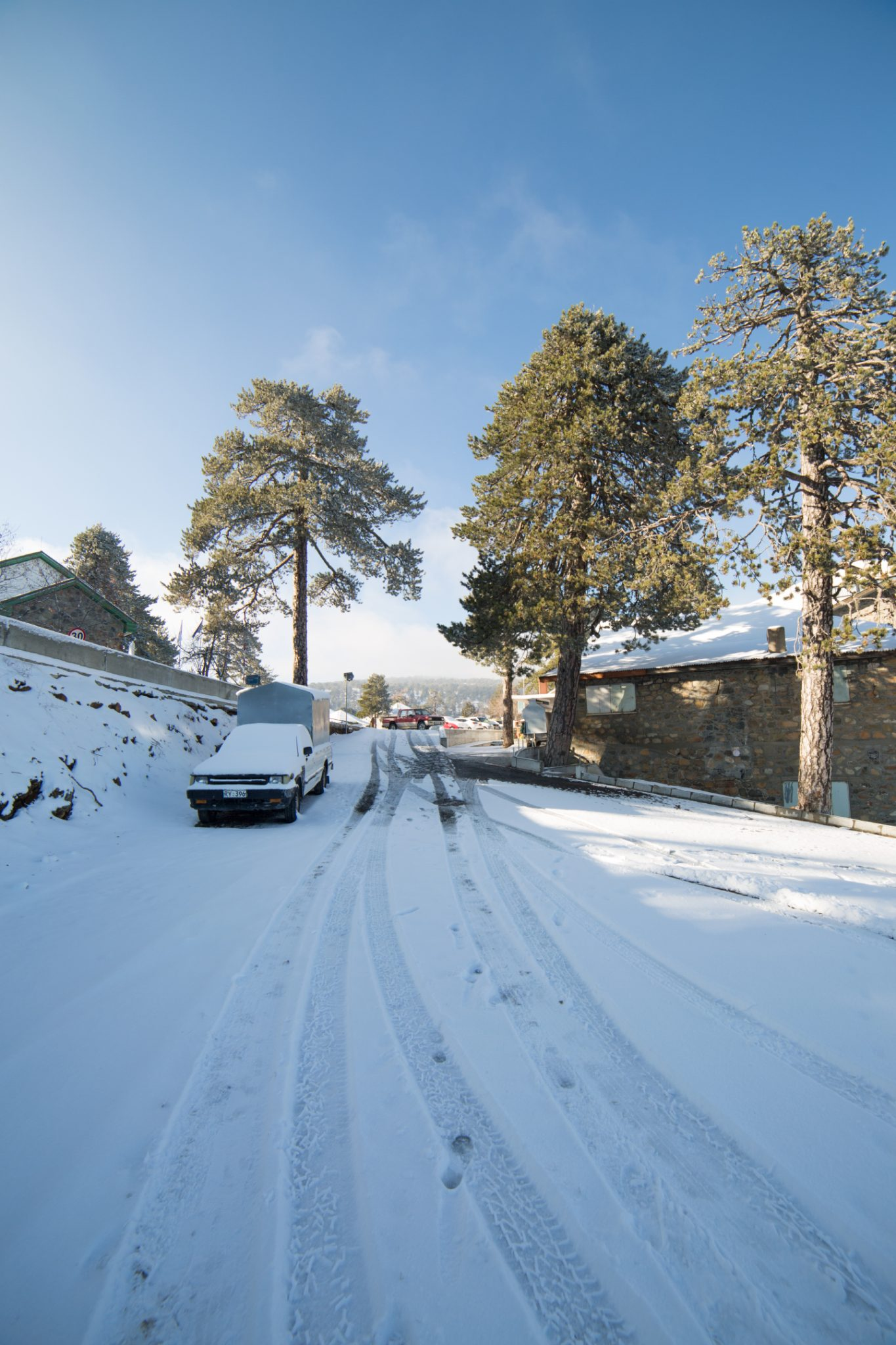first-snow-troodos-cyprus-13