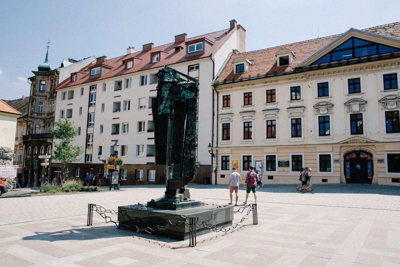 bratislava guide - bratislava castle