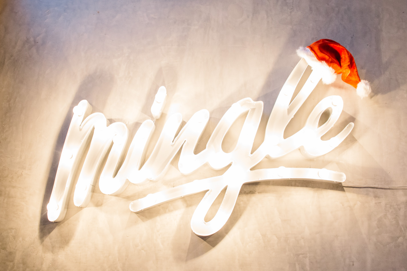 mingle cafe larnaca