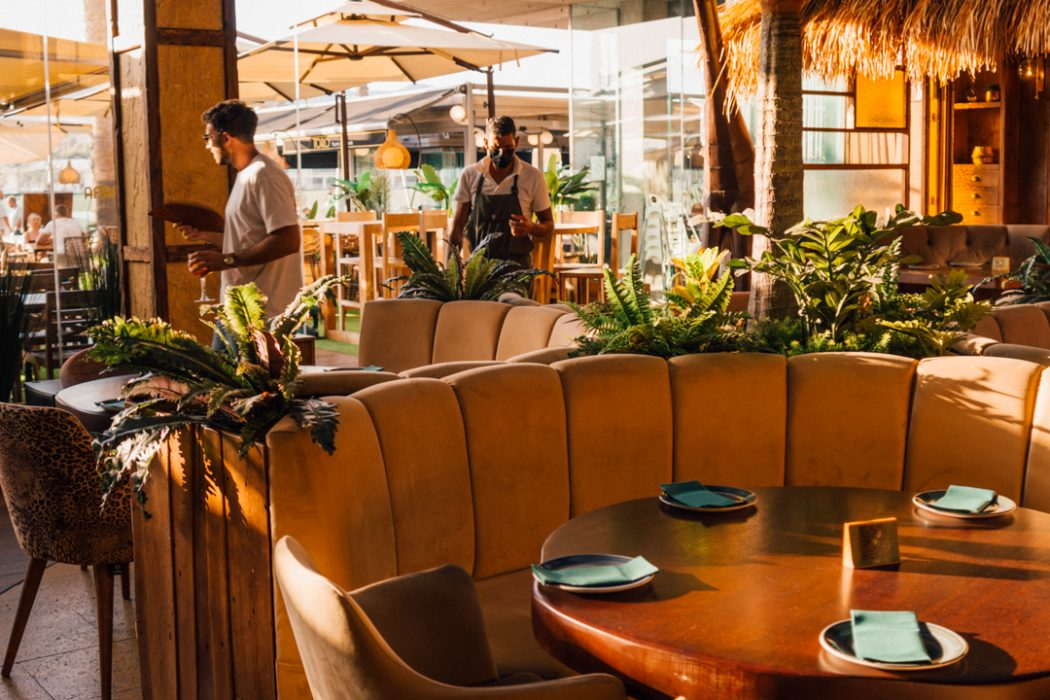 Dining at Muelle Uno: Cambara Restaurant, Malaga