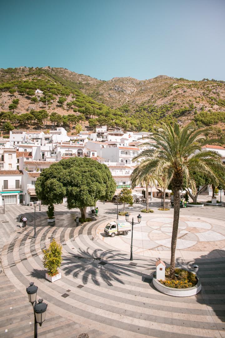 main square in mijas pueblo